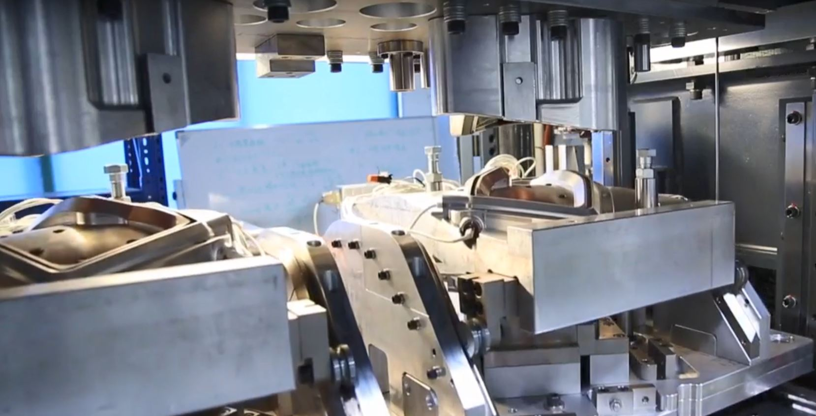Vibration Welding with Infrared Preheat Technology